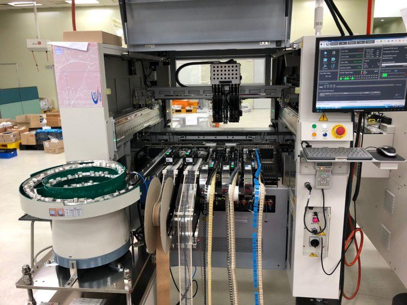 Operator robot industrial